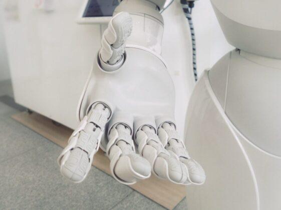 closeup photo of white robot arm
